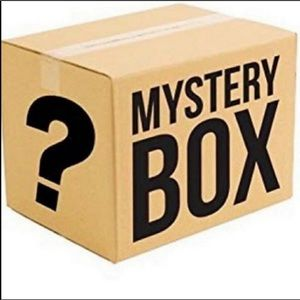 Mystery reseller box 4.5lbs of clothes mixed